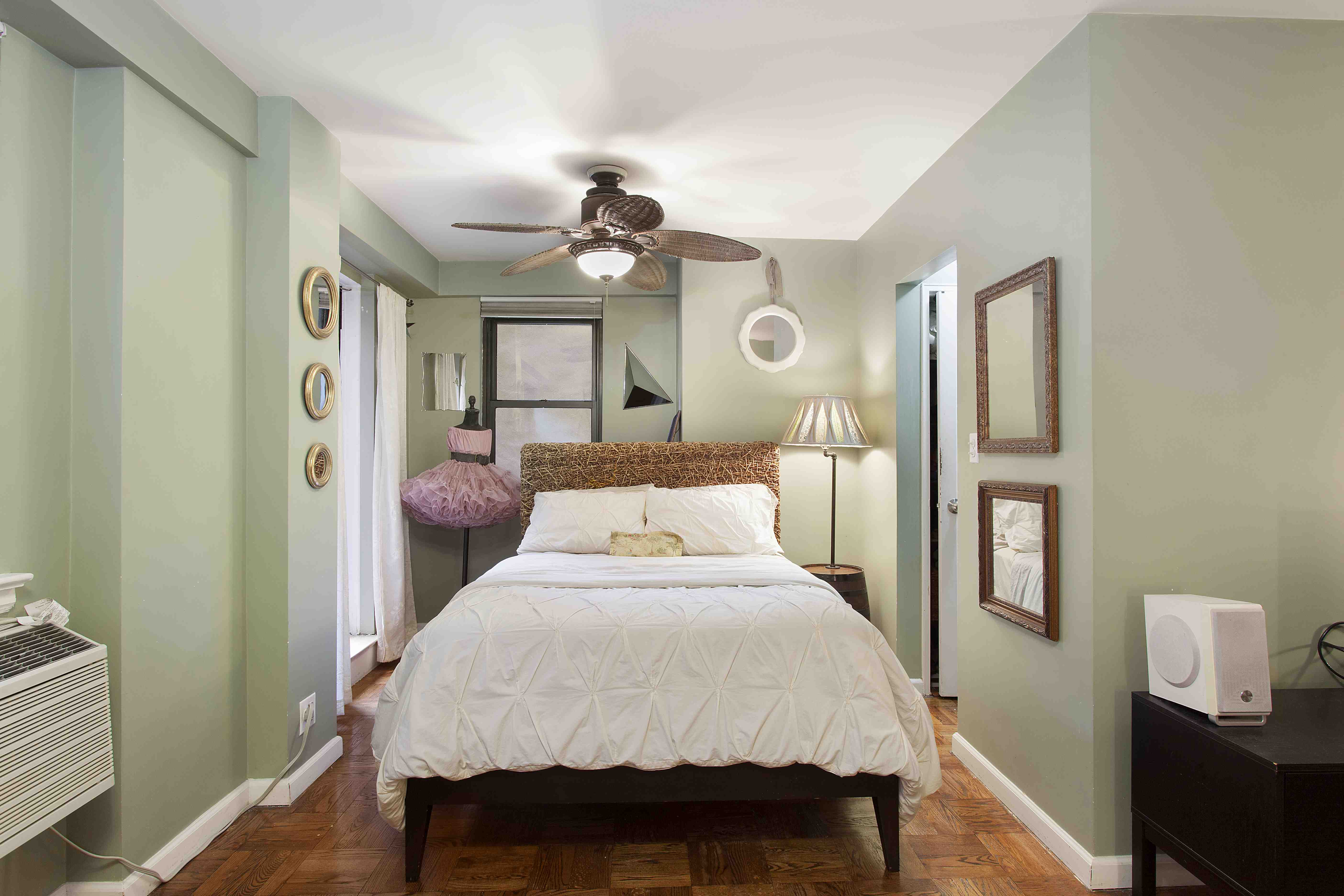 301 East 63rd Street, 2A | Laura Cook Real Estate